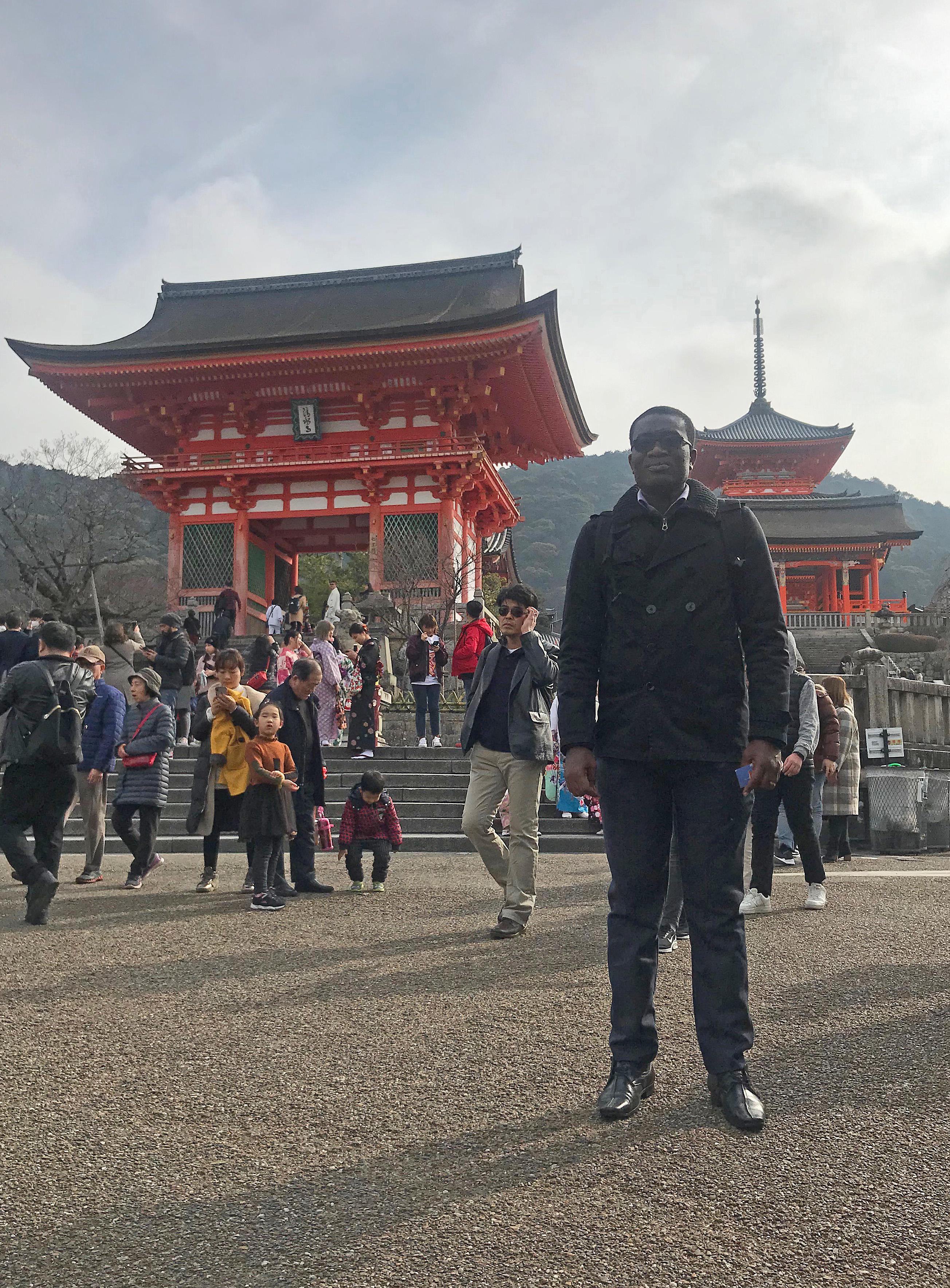 Amoah博士による日本滞在記